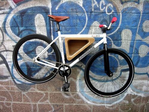 Luca718-bedford-Ave-Bike-Rack