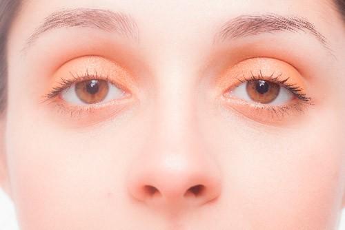 目を酷使する方・眼精疲労の方こそ積極的に取り入れたい栄養「ビタミンA」