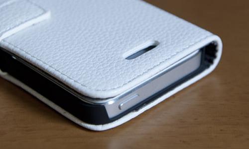 iPhoneケースなら横開きカバーがオススメです
